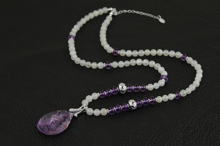 宝石串珠项链